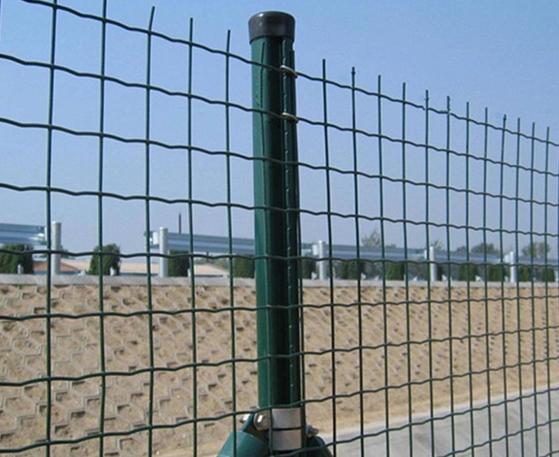 Vinyl Euro Wire Mesh Fence